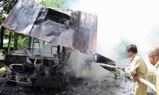 scontro bus-camion Pakistan